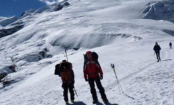Amphu Lapcha Pass with Mera Peak Climbing